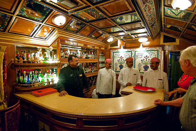 bar in palace on wheels