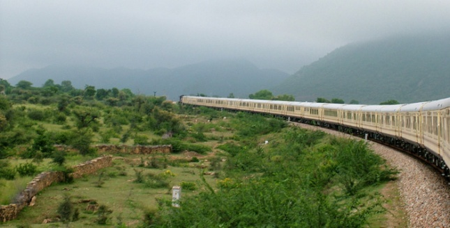 Palace-on-Wheels-Rail-Tour